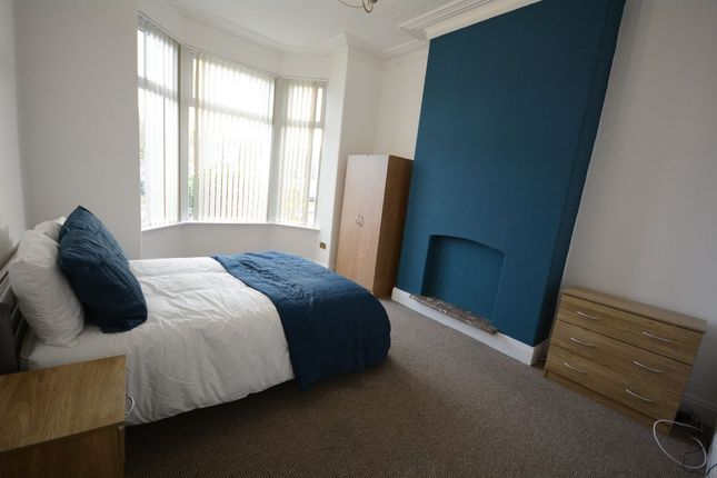 Room to rent in Knowsley Road, Eccleston, St. Helens WA10