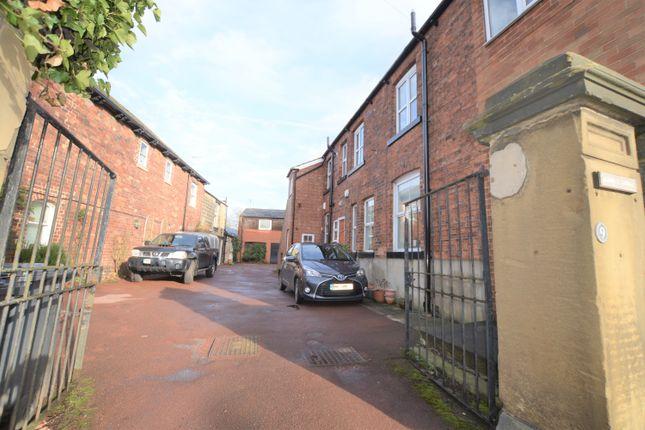 Thumbnail Flat to rent in Oakwood Lane, Gipton, Leeds
