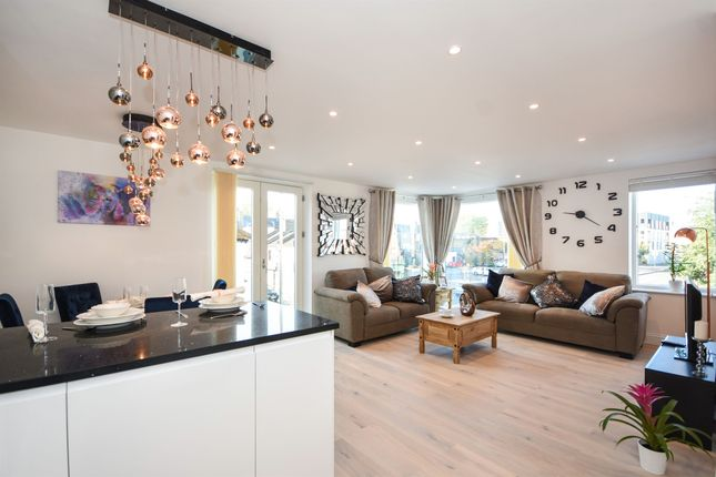 Thumbnail Flat for sale in Melford Place, Ongar Road, Brentwood