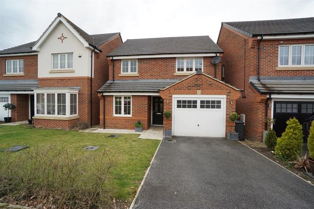 3 bed detached house for sale in Summerhouse Drive, Norton Lees, Sheffield S8