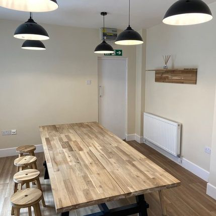 Thumbnail Office to let in High Street Wet, Glossop
