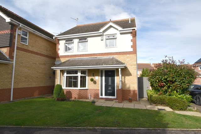 3 bed detached house for sale in Balintore Rise, Peterborough PE2