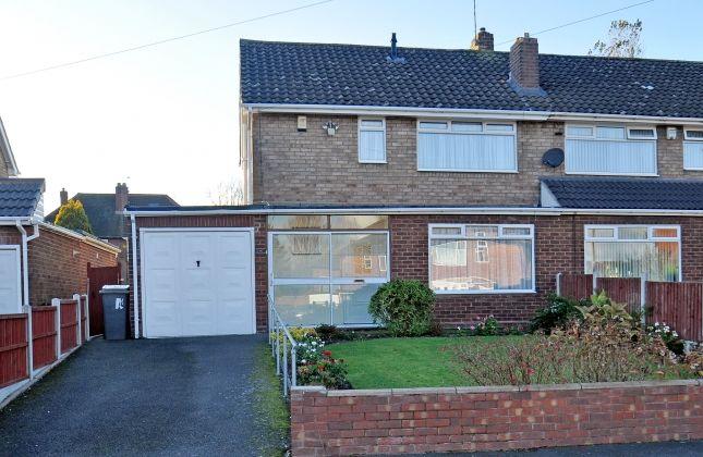 Thumbnail Semi-detached house to rent in Neville Avenue, Goldthorn Park, Wolverhampton