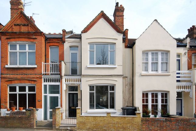 Thumbnail Maisonette for sale in Rathcoole Gardens, Crouch End