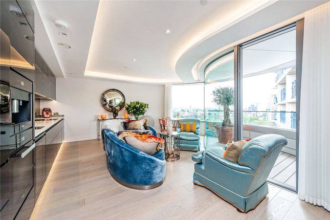 Thumbnail Flat to rent in The Corniche, Albert Embankment, London