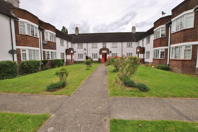 Thumbnail Flat to rent in Buckfield Court, Bathurst Walk, Iver
