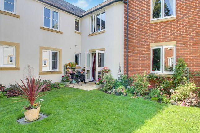 Thumbnail Flat for sale in Dove Court, Swan Lane, Faringdon