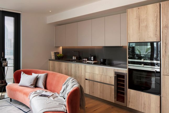 2 bed flat for sale in The Maker's, Nile Street N1