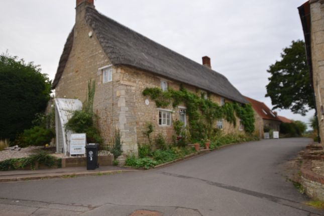 Thumbnail Room to rent in Oundle Road, Woodnewton, Peterborough
