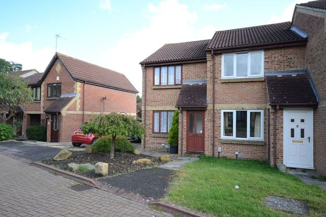 Thumbnail Terraced house to rent in Hope Avenue, Bracknell