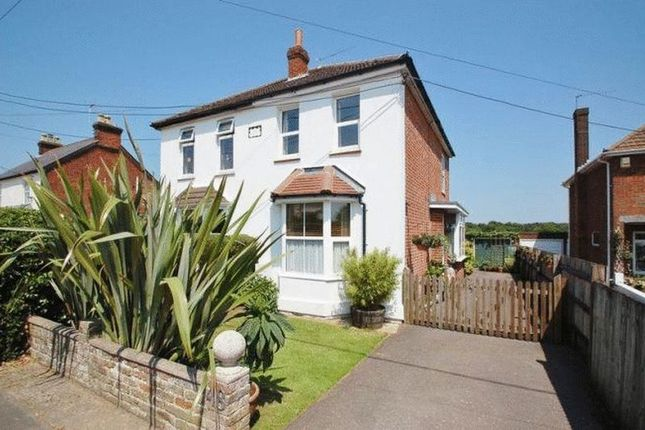 Thumbnail Property to rent in Main Road, Naphill, High Wycombe