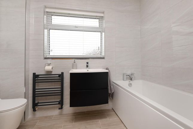 Bathroom of Evans Road, Willesborough, Ashford TN24