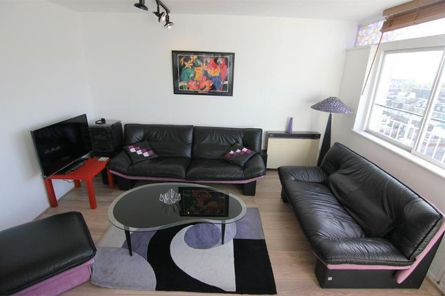 2 bed flat to rent in Notting Hill Gate W11, Notting Hill Gate, London,