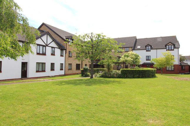Thumbnail Flat for sale in Hawthorn Gardens, Caerleon, Newport