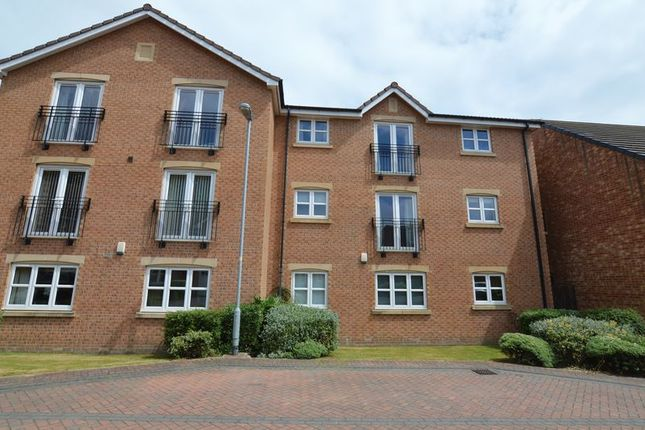 Thumbnail Flat for sale in St. Andrews Close, Wakefield