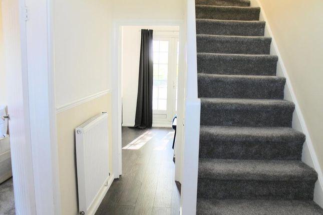 Hallway of Worsopp Drive, London SW4