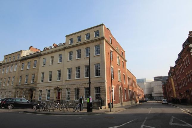 1 bed flat to rent in Portland Square, Bristol