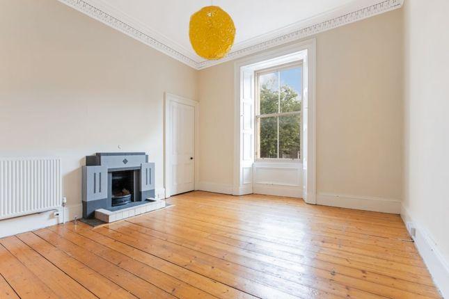Thumbnail Flat for sale in 102, 1F2, Raeburn Place, Edinburgh