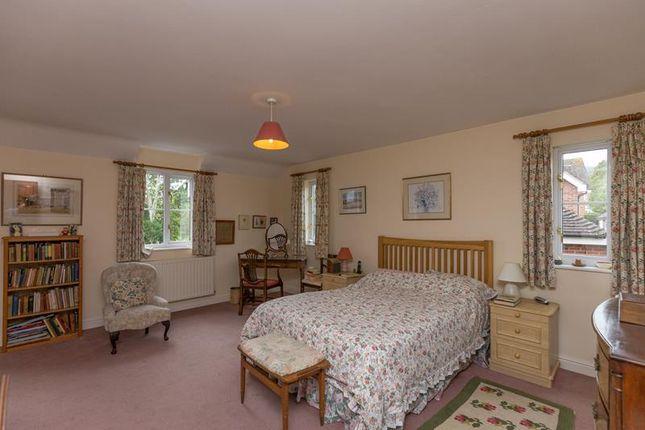 Photo 10 of 1 Court Gardens, Malvern, Worcestershire WR14