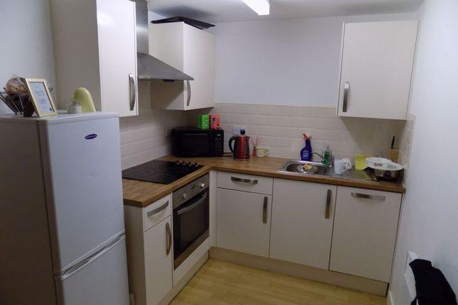 Kitchen of Sunbridge Road, Bradford BD1