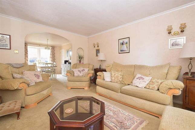 3 bed detached house for sale in Meadow Way, Petworth, West Sussex