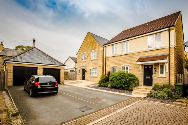 Thumbnail Detached house for sale in Britannia Crescent, Birkby, West Yorkshire