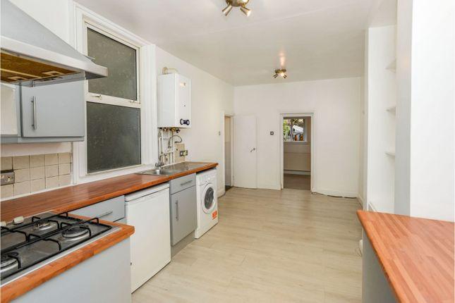 1 bed flat for sale in Staplehurst Road, London SE13