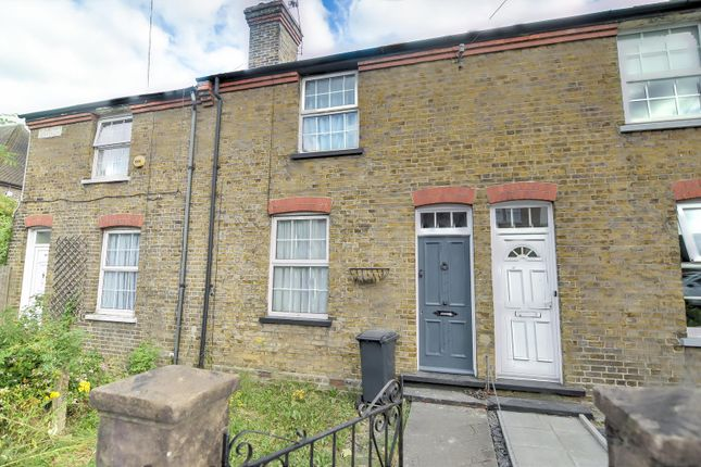 Thumbnail Property to rent in Chipstead Valley Road, Coulsdon
