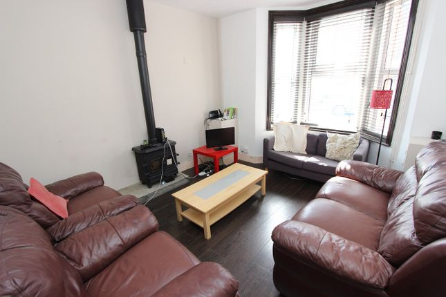 Thumbnail Terraced house for sale in Bath Street, Inner Avenue, Southampton