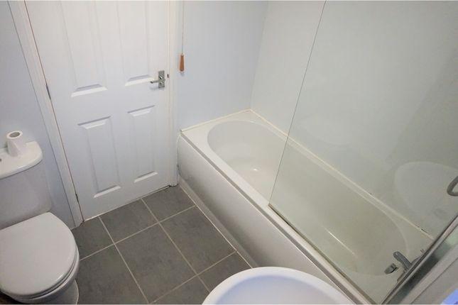 Bathroom of St. Simon Street, South Shields NE34