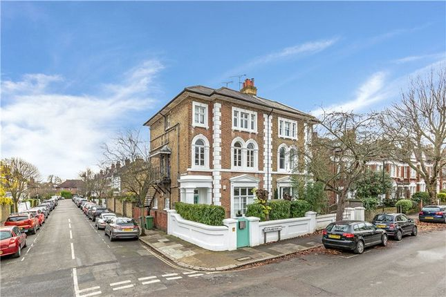 Thumbnail Flat for sale in Cleveland Road, Barnes, London