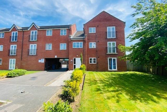 Thumbnail Flat for sale in Rawsthorne Avenue, Manchester