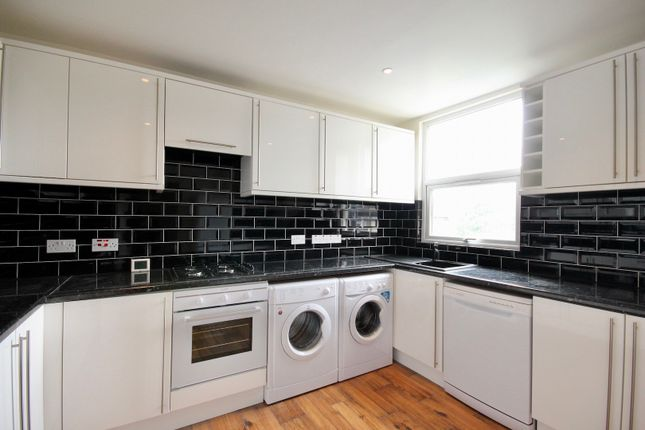 Thumbnail Flat to rent in Westbury Road, Croydon