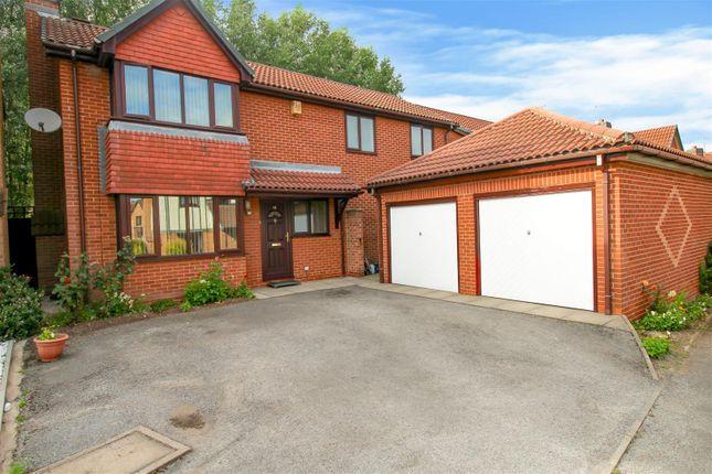 Thumbnail Property for sale in Kingsbridge Way, Bramcote, Nottingham