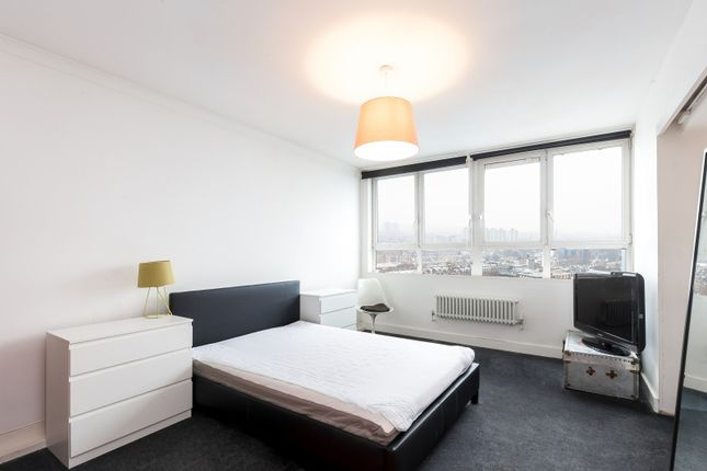 Thumbnail Flat to rent in Fairford House, Kennington Lane, Kennington