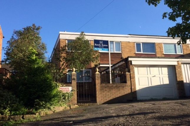 3 bed terraced house to rent in Commercial Street, Rothwell, Leeds LS26
