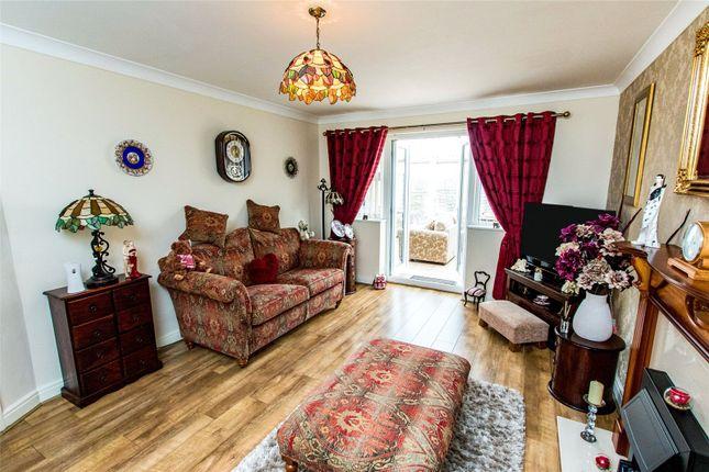 Lounge of Motrom Drive, Ingoldmells, Lincolnshire PE25