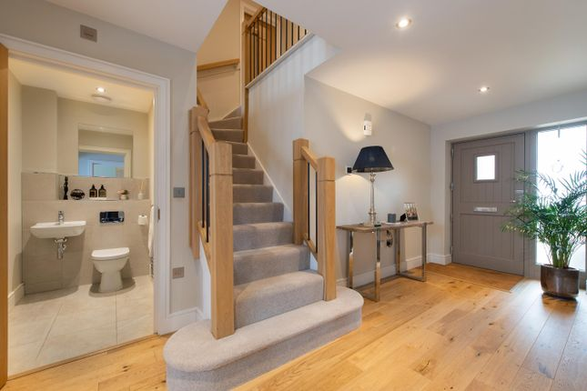 Thumbnail Detached house for sale in Hewitt Road, Barford, Warwick, Warwickshire