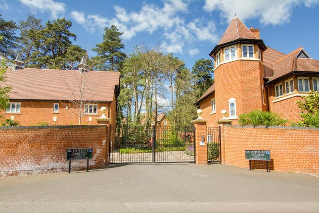 Thumbnail Semi-detached house for sale in Queensbury Gardens, Ascot