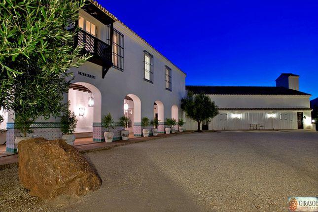 Thumbnail Villa for sale in Spain, Andalucía, Málaga, Fuengirola