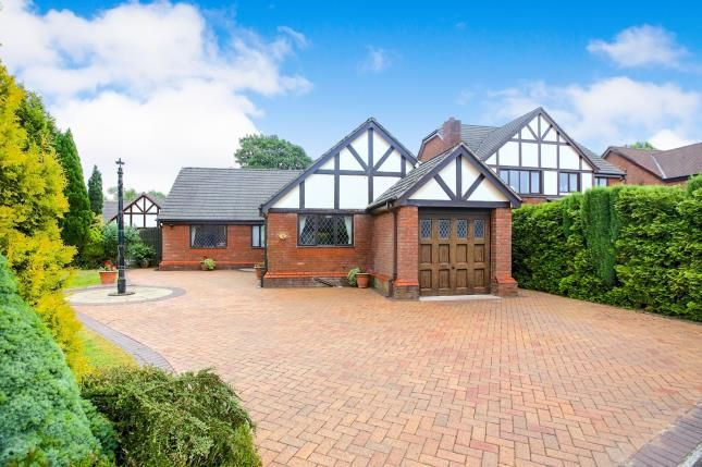Thumbnail Bungalow for sale in Penmoor Chase, Hazel Grove, Stockport, Cheshire