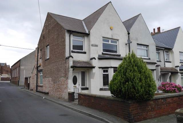 Thumbnail Room to rent in The Avenue, Consett, County Durham