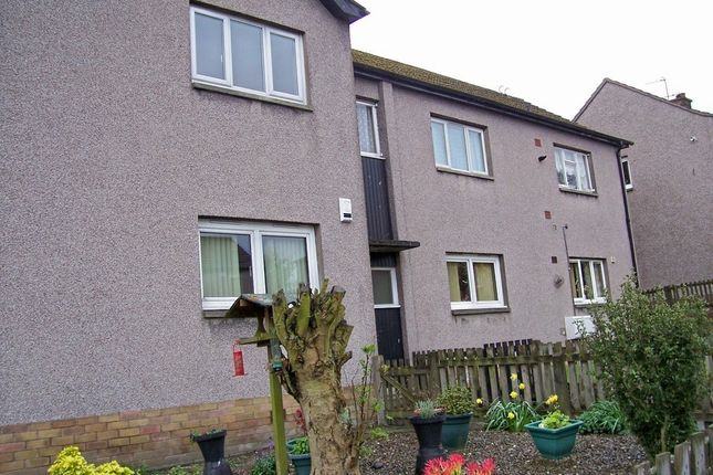 Thumbnail Flat to rent in Union Street, Lochgelly