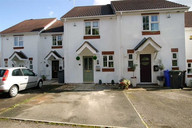 Thumbnail Town house for sale in Park View Close, Blurton, Stoke On Trent