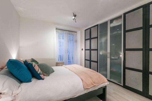 Bedroom of King Street, Hammersmith W6
