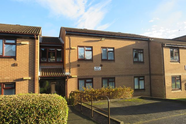 Thumbnail Property for sale in Sussex Avenue, Horsforth, Leeds