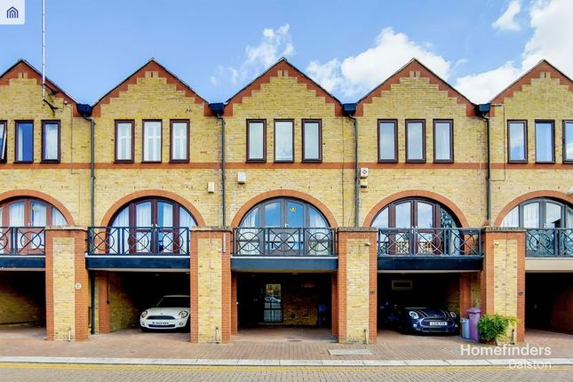 Photo 9 of Torrington Place, London E1W