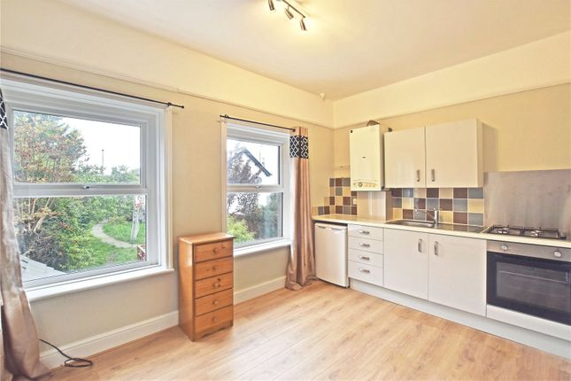 1 bed flat to rent in Ferncliffe, Temple Drive, Llandrindod Wells, Powys LD1