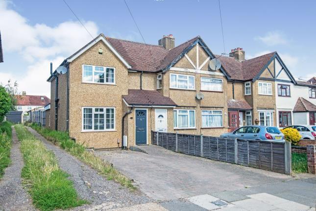 Front Views of Gilders Road, Chessington, Surrey KT9