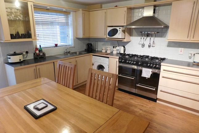 5 bed detached house for sale in Dodsley Way, Clipstone Village, Mansfield